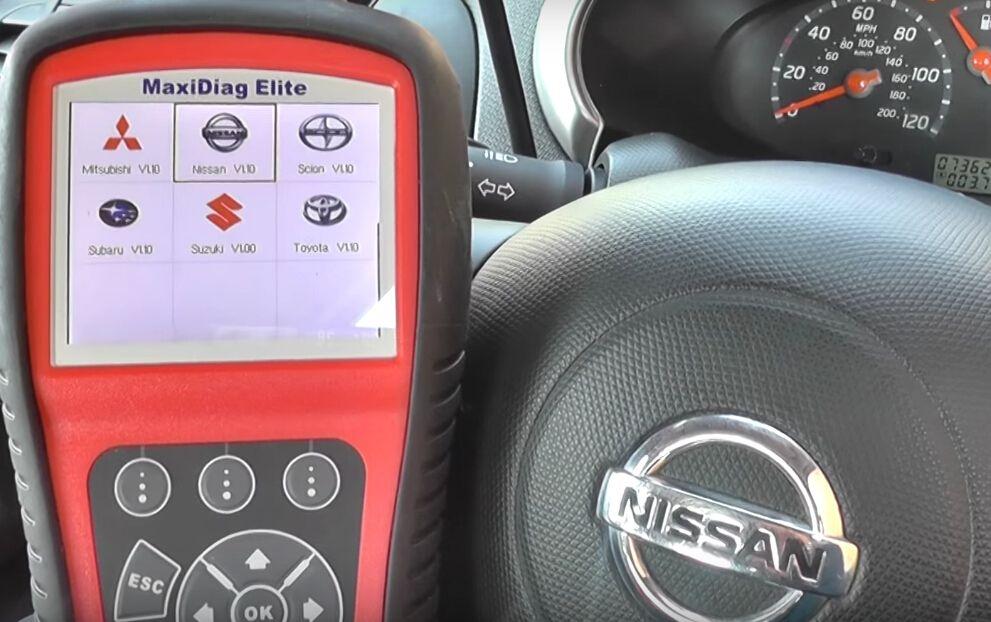 Autel MD802 reset Nissan airbag light-9